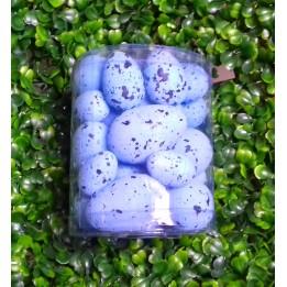 Niebieskie nakrapiane jajka wielkanocne