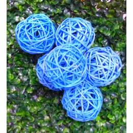 Komplet niebieskich ozdobnych kul ratanowych 7 cm